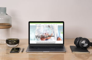 náhled webové stránky Bezpečnost ve zdravotnictví na laptopu